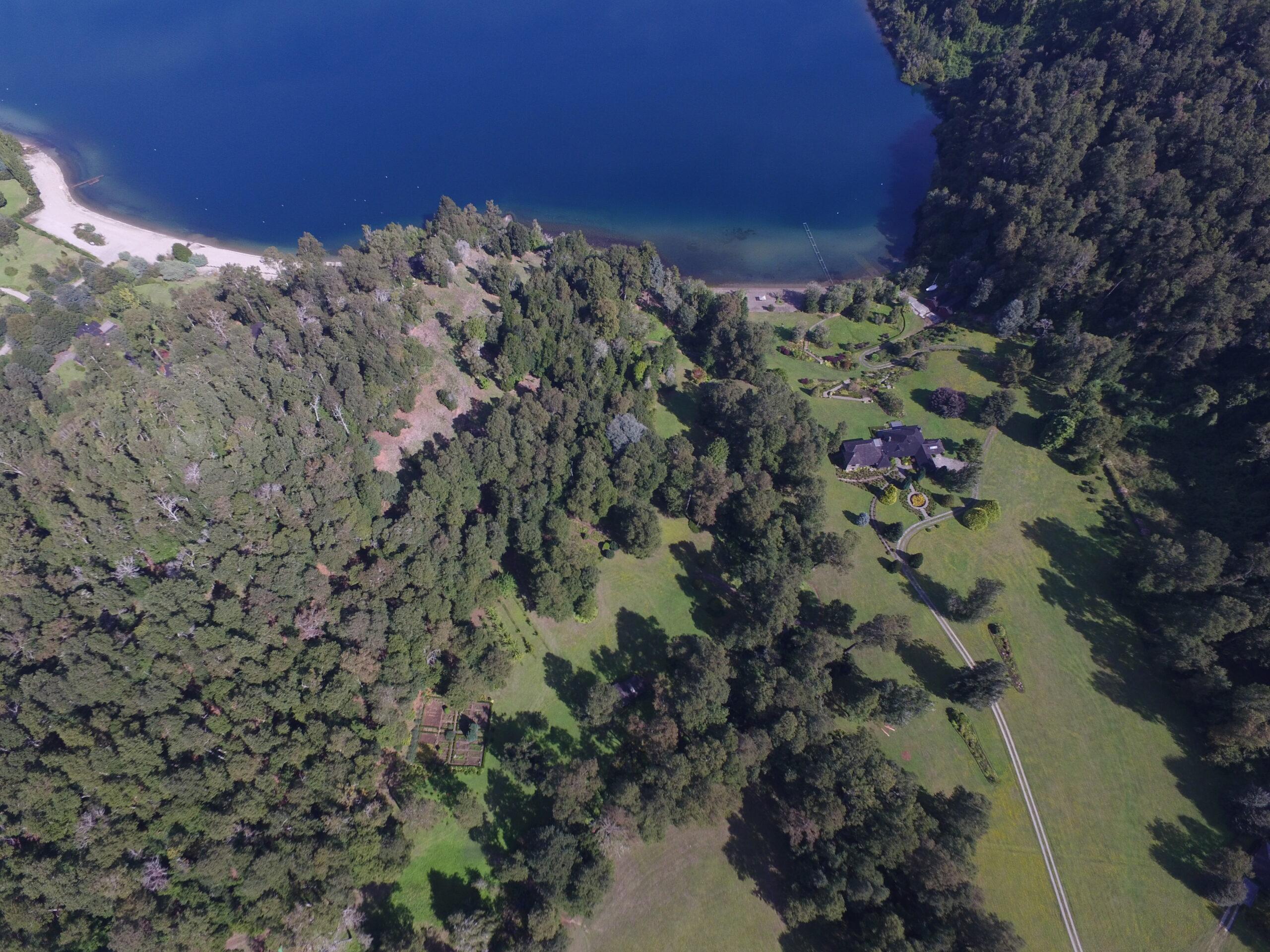 Lago Panguipulli, 4,7 ha / 63 frente