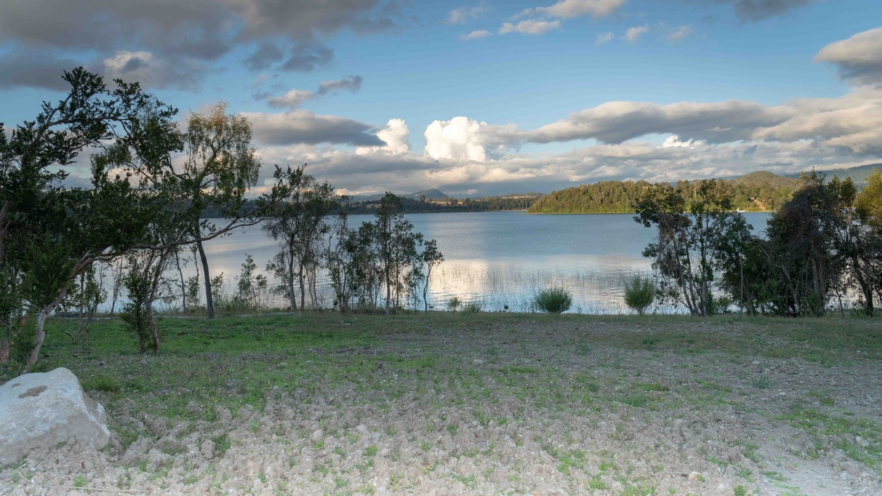 Lago Panguipulli, parcela 0,5 ha (lote 73 Bahía Panguipulli